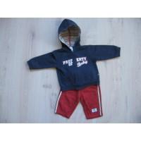 Baby Club C&A 2 delig bordeaux/ navy joggingpakje mt 68-74
