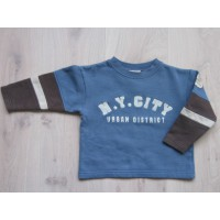 "PiomBino bruin/ blauwe sweater ""N.Y. City"" mt 104"