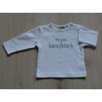 Basic longsleeve wit 'Mijn papa is beresterk' maat 62